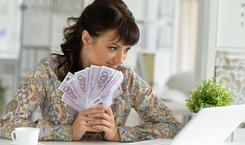 Welche Möglichkeiten gibt es, Geld im Internet zu verdienen? (#01)