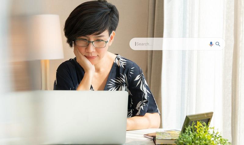 Es gehört zu den besten Tipps, dass für eine gute SEO regelmäßig Keywordanalysen durchgeführt werden sollten. ( Foto: Shutterstock-myboys.me)