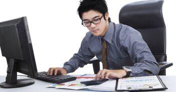 Geschäftsbuchhaltung: Die wichtigsten Änderungen ab 2021 ( Foto: Shutterstock-Creativa Images )